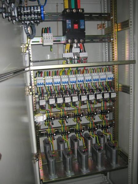 低压配电柜的发展现状图片