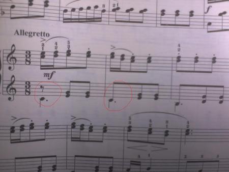 小提琴五线谱是每一个音符都代表什么音 48 2009-12-07 五线谱上那些图片
