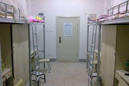 求云南师范大学呈贡校区学生宿舍照片.