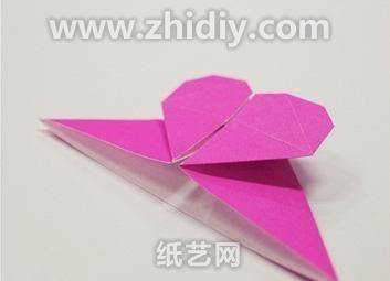 求:这个书签的折叠方法图片