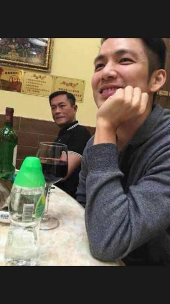 什么意思古天乐,林峰,钟汉良等明星一起在吃饭图片