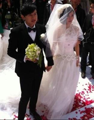 张杰谢娜婚纱照