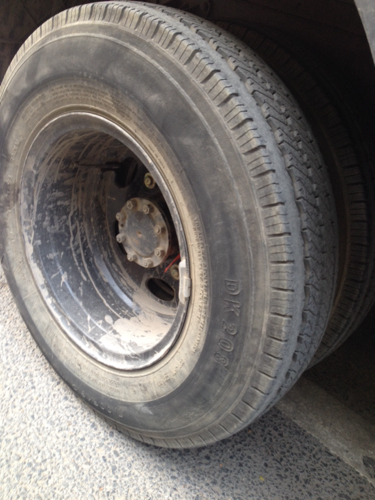 福田2吨货车半钢丝轮胎正常几个气压,我没有分了,麻烦图片