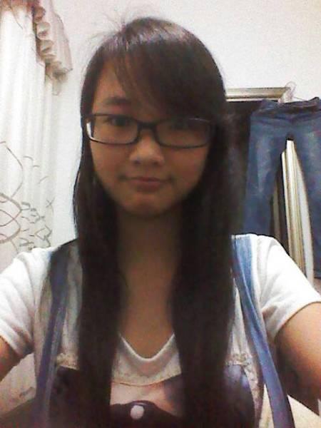 女生长头发,头发少,油性的,如果剪短发,剪什么发型好图片
