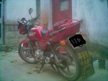 铃木骏驰摩托车 铃木骏驰125摩托车 铃木骏驰gt125摩托车