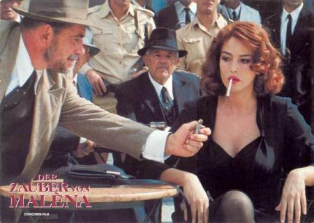 急需美女吸烟的电视剧或电影