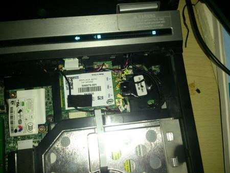 惠普6930p笔记本显示器不亮 电脑正常运转求解?