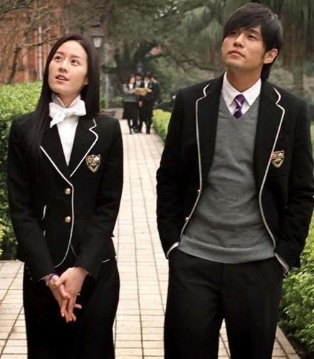 泉州外国语中学的校服是什么样的?图片
