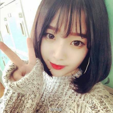 14岁左右初中女生照片短发空气刘海