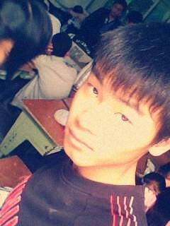 14岁男生弄什么发型图片