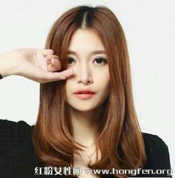 圆脸脸大适合的短发发型 51 2008-11-18 头发太少,脸大有适合的短发图片