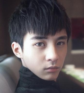 男生,头发细软,发量少,适合做个什么发型?图片