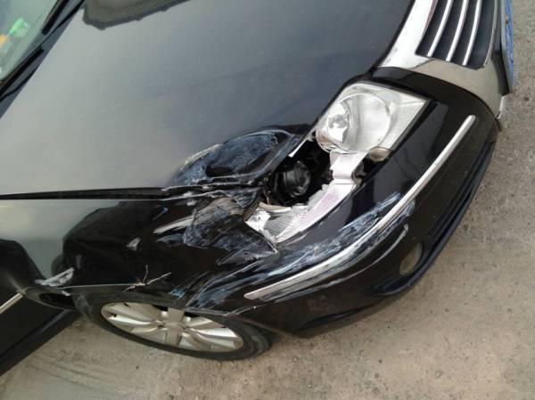 帕萨特领驭事故车定损高清图片