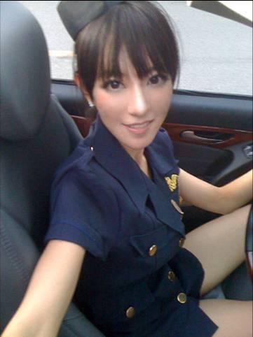 模特不然脚步不会那么标准她叫李晨曦&