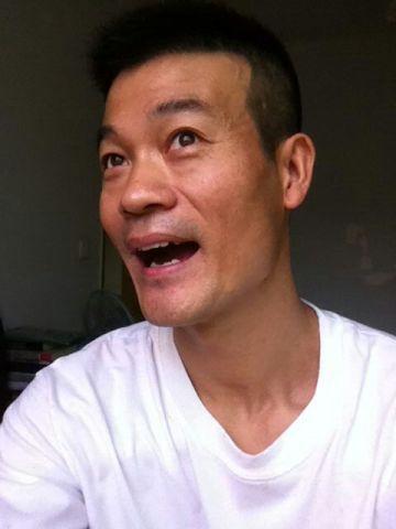 想知道一个姓刘男演员图片