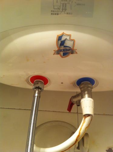 请问热水器混水阀如何安装图片图片