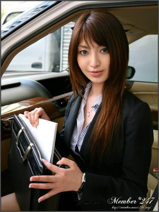 矢崎美佳 美瀬纯 泉百合高清图片